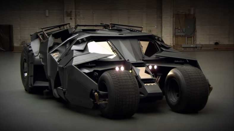 The Dark Knight üçlemesi Batmobile tasarımı