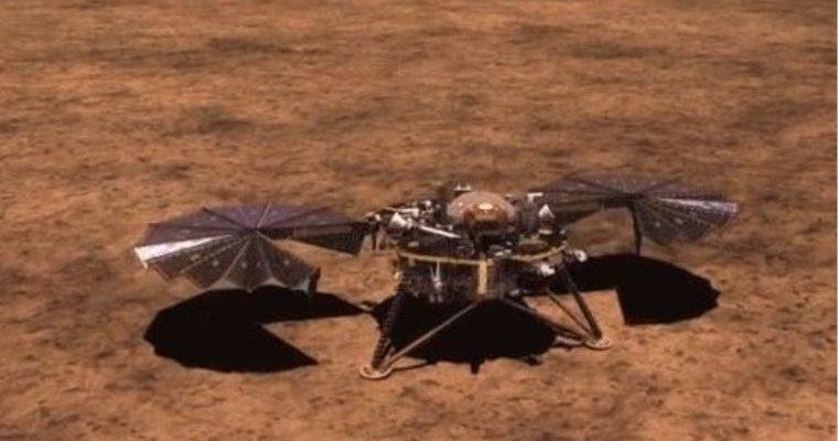 NASA'nın bulgu vasıtayı InSight, Mars'a indi: İlk görüntüler geldi