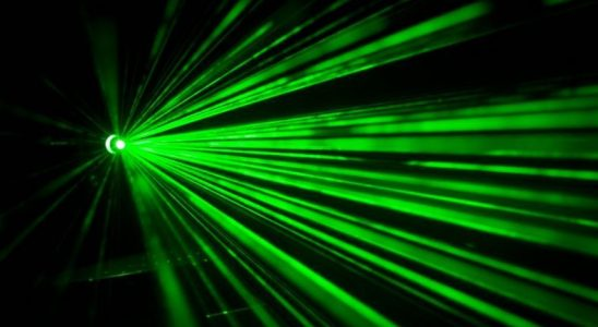 MIT'nin Yalnızca Sizin Dinleyebileceğiniz İletiler İleten Yeni Lazer Ses Sistemi