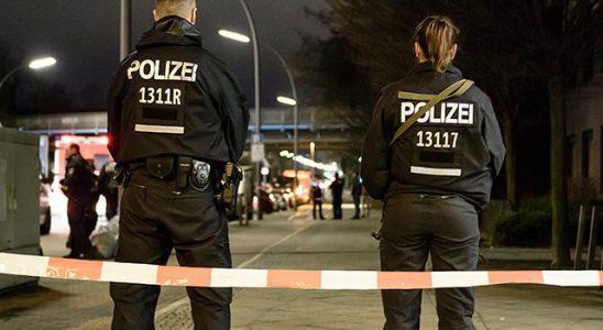Almanya'da FETÖ'cülerden DİTİB azasına bıçaklı atak!
