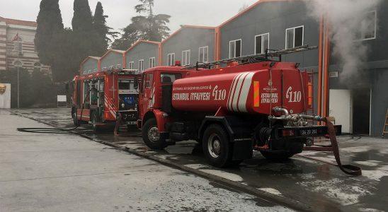 Şişli'de sanayi iş lisesi atölyesinde yangın!