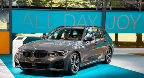 BMW'nin Yeni Jenerasyon Sürat Değişmezleyicisi, Taşıtı Kırmızı Işıklarda Otomatik Olarak Durduracak