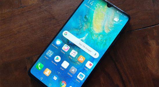 Huawei Mate 20 X 5G'nin Etkileyici İndirme Süratini Gösteren Video