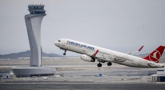 Türkiye, Bulaş Hızı Artan Mutasyonlu COVID-19 Nedeniyle İngiltere ve 3 Ülkeden Gelen Uçuşları Durdurdu