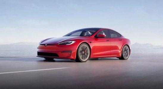 Elon Musk, Tuhaf Bir Sebeple Tesla Model S Plaid Plus'ın İptal Edildiğini Duyurdu