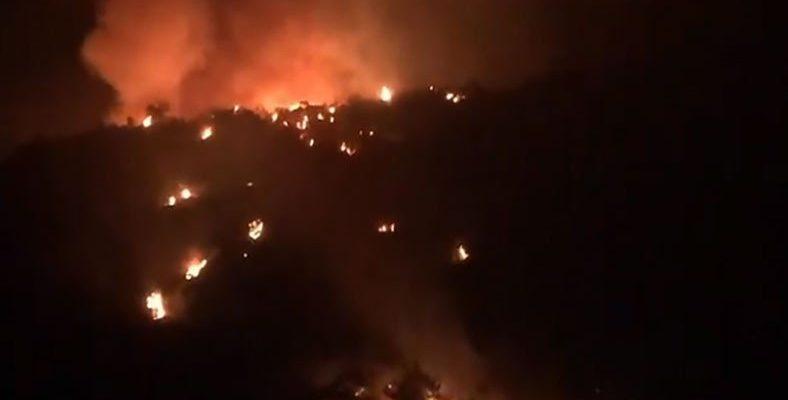 Şahan Gökbakar'ın 'Burası Yanacak' Dediği Deliklikoy'da Vatandaşlar Tahliye Ediliyor