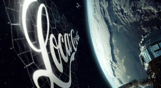 SpaceX, Gökyüzünde Reklam Yayını Yapacak Bir Şirketle Ortaklık Kurmaya Hazırlanıyor