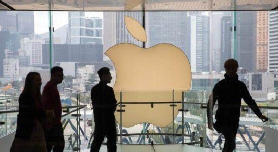 CEO'suna 750 Milyon Dolar Prim Veren Apple, Çalışanların Özel Sohbetlerde Maaş Konuşmasını Yasakladı