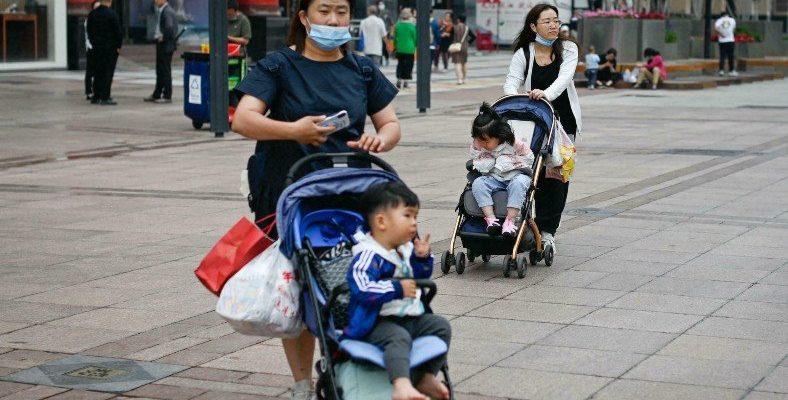 Nüfusunun Düşmesinden Endişe Eden Çin, Kürtaja Kısıtlama Getiriyor
